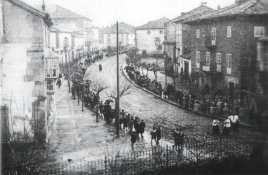 Procesión por la Calle Mayor