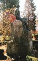 Monumento a Casimiro Sainz. Parque de Cupido. Reinosa