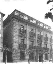 Fachada principal de La Casona