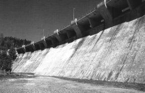 Parámetros de hormigón aguas abajo de la presa
