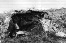 Refugio o parapeto levantado por los veceros de Los Carabeos