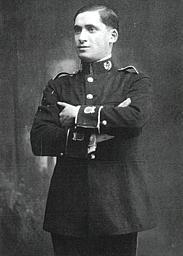Juan con el uniforme de la Banda de Música de Reinosa. 1921