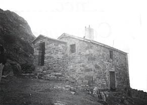 Caseta del Campanario (casa del guarda de la mancomunidad) Sejos. M.C.C. 22-VII-99
