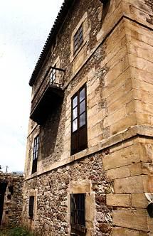 Fachada sur de la casona Ríos de Naveda