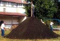Hoya de carbón vegetal. Fotografía de la autora