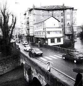 Puente sobre el ío Ebro