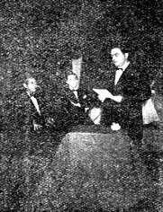 Felix Antonio González, ganador de la 1ª Edición. 1957