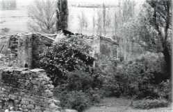 Casa en ruinas en Horna